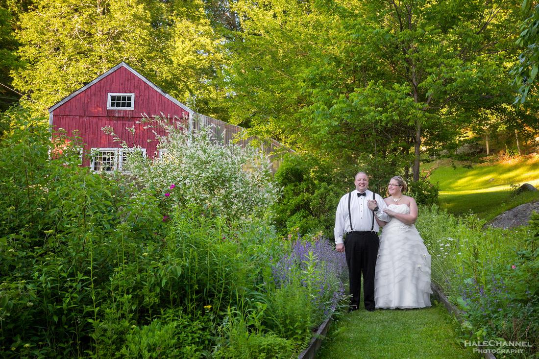 Wedding photos hartman's farm